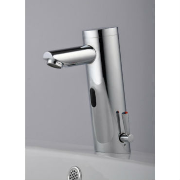 best touchless bathroom faucet reviews your guide 2018. Black Bedroom Furniture Sets. Home Design Ideas